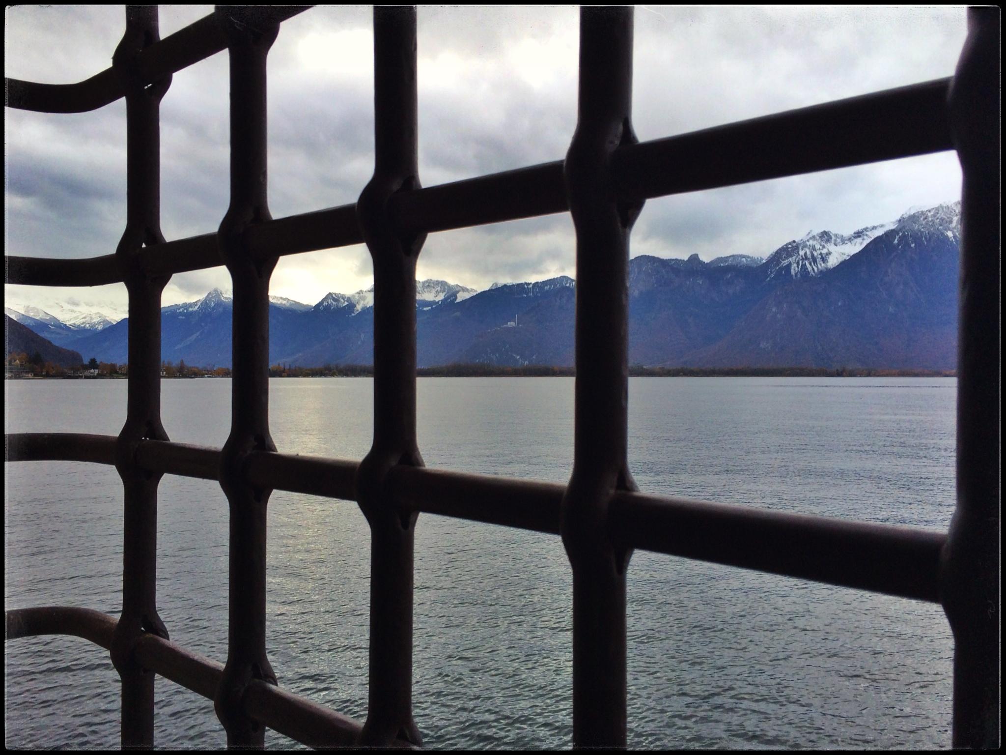 November 2014 This Blue Marble Line Circuit Blog Prisoner Of Chillon